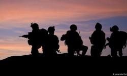 ده ها سرباز از انجام وظیفه سر باز زدند