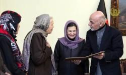 یک امریکایی تابعیت افغانستانی گرفت